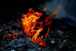Oheň a popol - 1. kapitola