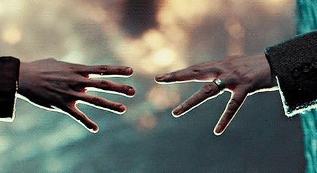 Ruce Remuse a Tonksové
